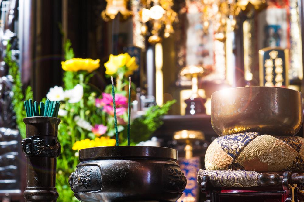 仏壇は安い?供養のニーズに合った仏壇の選び方は?