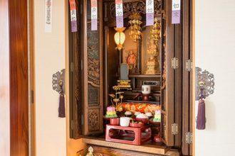 仏壇の正しい向きや場所には意味がある?宗派や部屋など解説!のイメージ